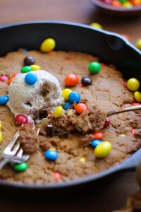 flourless_peanut_butter_skillet_cookie